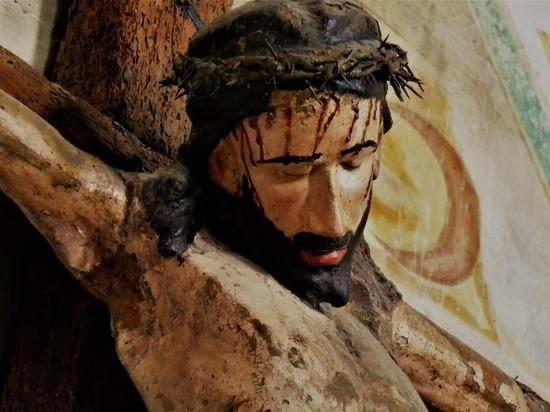 В Иерусалиме сообщили о найденных гвоздях, которыми распяли Христа