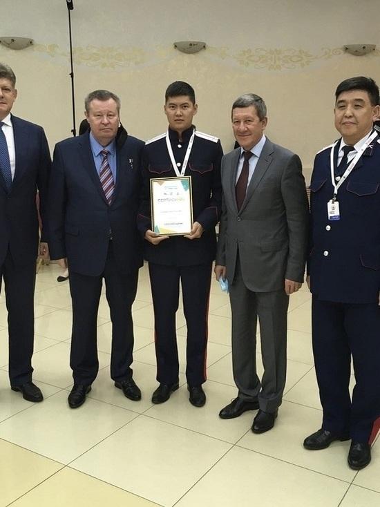 Калмыцкие казаки выиграли грант на патриотическое воспитание