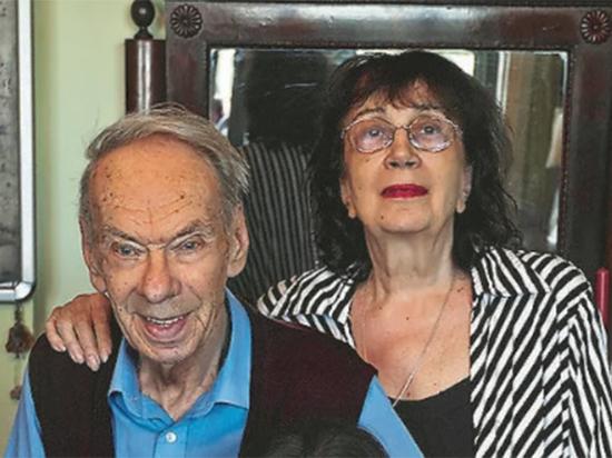 В Москве задержаны Михаил Цивин и Наталия Дрожжина по делу об обмане вдовы и дочери Алексея Баталова - мошенничестве с имуществом семьи актера