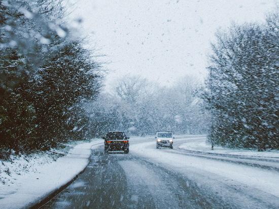Перечислены пять водительских ошибок в зимнее время
