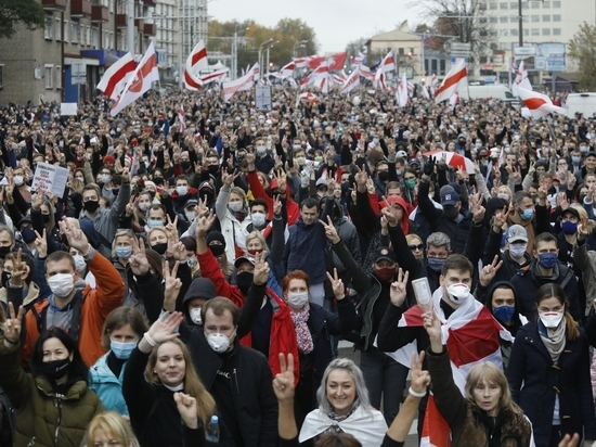 Утро 26 октября началось для президента Белоруссии Александра Лукашенко с плохих новостей
