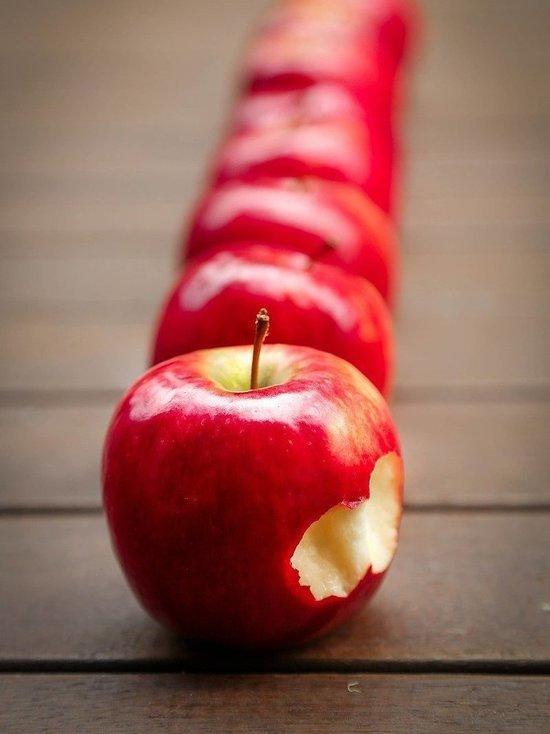 Яблоки, морковь и гречка больше всего подорожали в Пскове и области