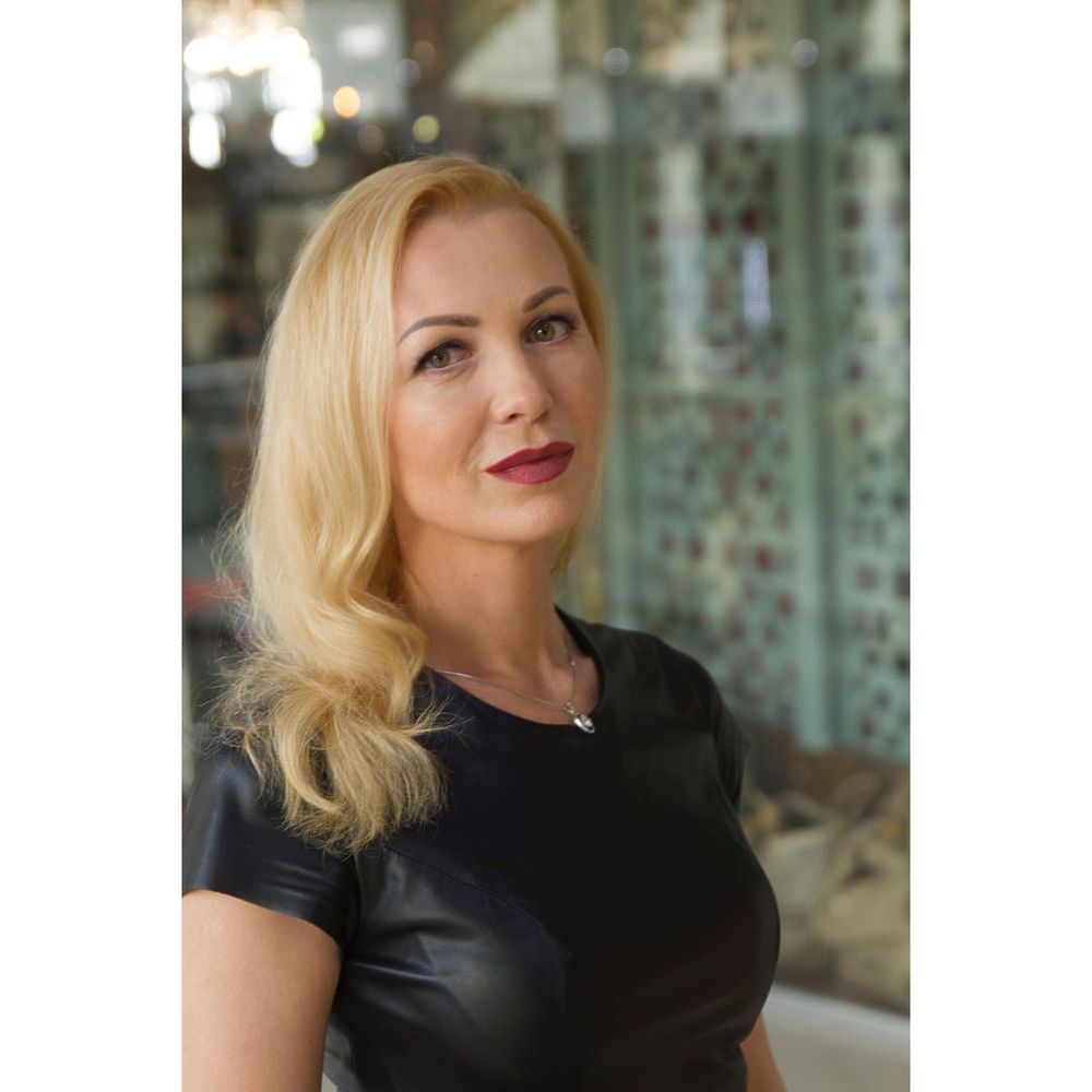 Ксения Чернова заявила о любовной связи с Тарзаном: фото актрисы