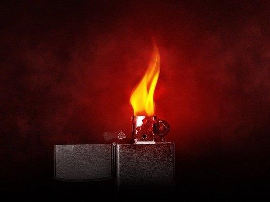 Пьяная жительница Башкирии облила горючей жидкостью и подожгла мужчину
