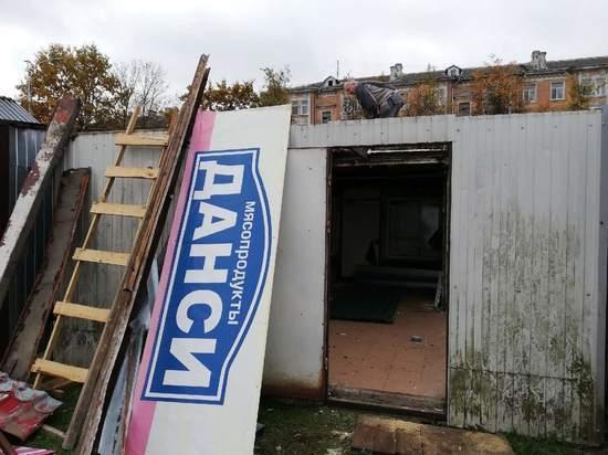 Продавцы о сносе рынка в Пскове: Это кошмар и беспредел