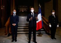 Власти Франции пригрозили Турции оружием и санкциями