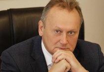 Бывшего главу Выборгского района временно исключили из
