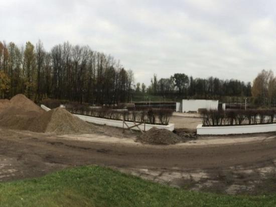 Подрядчик провалил реконструкцию парка в Великих Луках