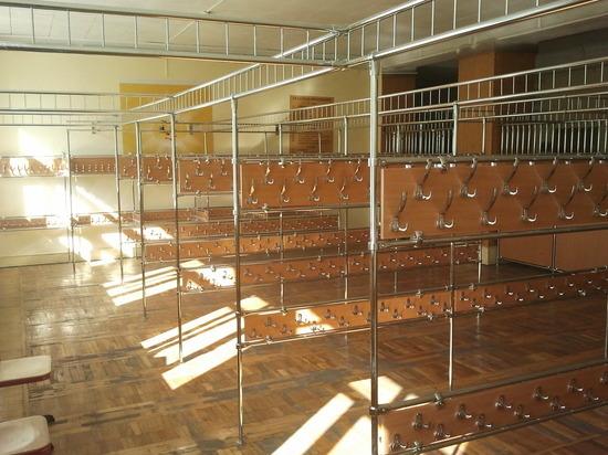 В одной из школ Таганрога семеро восьмиклассников отравились неизвестным газом