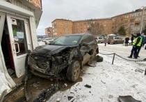 В Красноярском крае водитель сбил мужчину и двух мальчиков и протаранил две машины