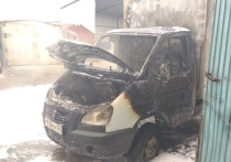 Пожарные Хакасии вовремя потушили грузовик с газовым баллоном
