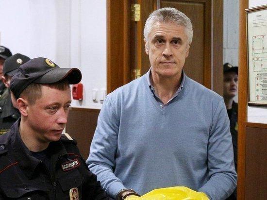 """Банку """"Восточный"""" возместят ущерб по делу Калви"""