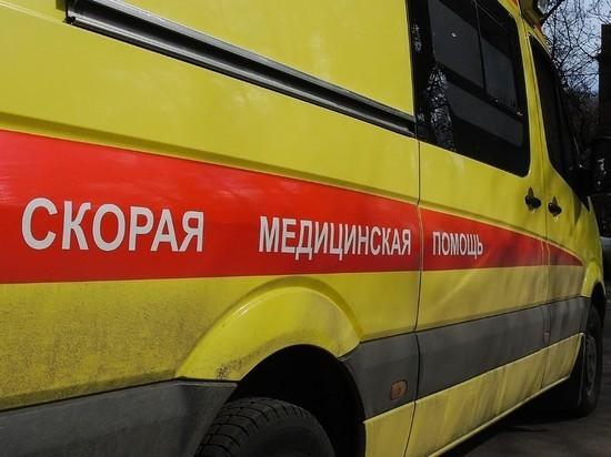 """Омскую замминистра отстранили после """"митинга скорых"""" с ковидными больными"""