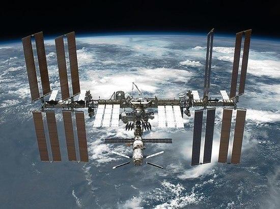 Космонавт рассказал, как чаинки помогли найти утечку на МКС