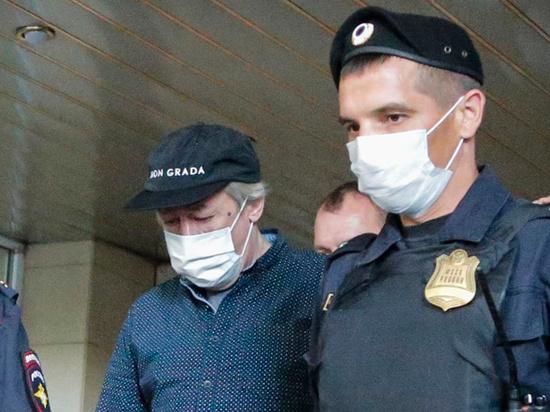 Актер Михаил Ефремов не перестает шокировать всех неравнодушных к его уголовному делу