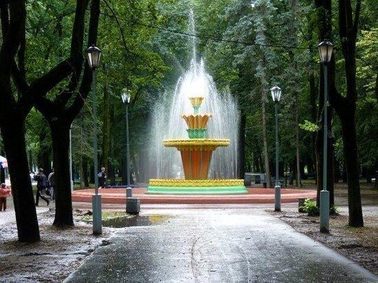 Фонтан в Пскове впервые украсят к Новому году