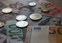 Евро превысил 93 рубля