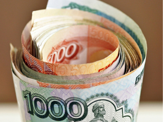 Большинство россиян оказалось в патовой ситуации: на их накопления нацелились внешние силы, и любое решение по их инвестированию несет в себе огромные риски потери