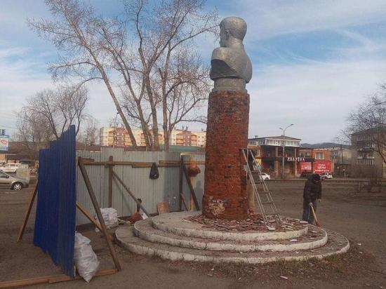 Памятник Лазо и территорию вокруг него отремонтируют в Чите