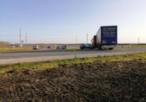 В Рязанской области при развороте грузовик врезался в «Ладу»