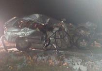На трассе под Бородино столкнулись две фуры и две леговушки: есть погибшие