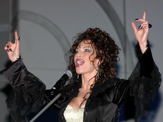 67-летняя советская и российская певица, заслуженная артистка РФ Ирина Понаровская решила судиться с Пенсионным фондом из-за мизерной пенсии