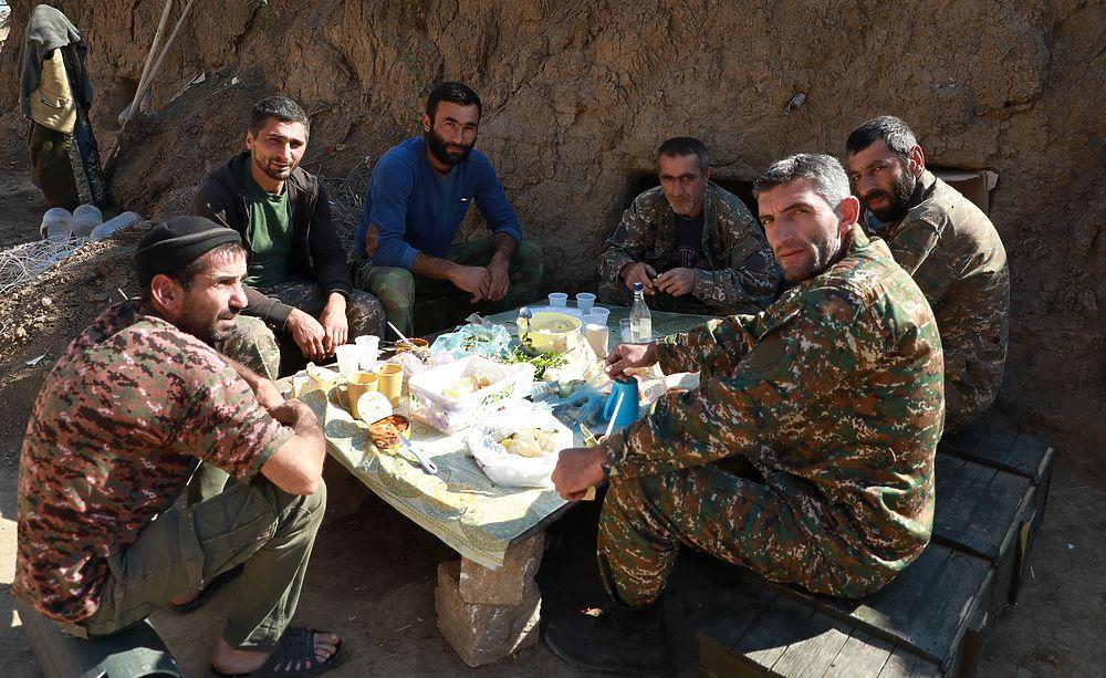 Лица армянских военных Карабаха: боль и сила