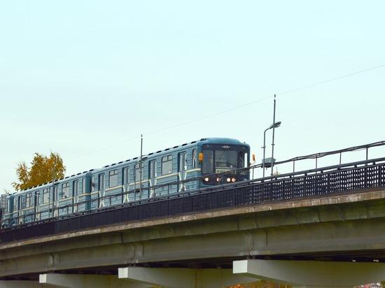 Московский метрополитен подготовил к работе первых женщин-машинистов