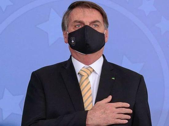 Президент Бразилии заявил, что пандемия COVID заканчивается