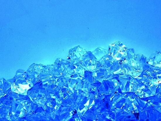 Британец придумал, как делать алмазы из воздуха