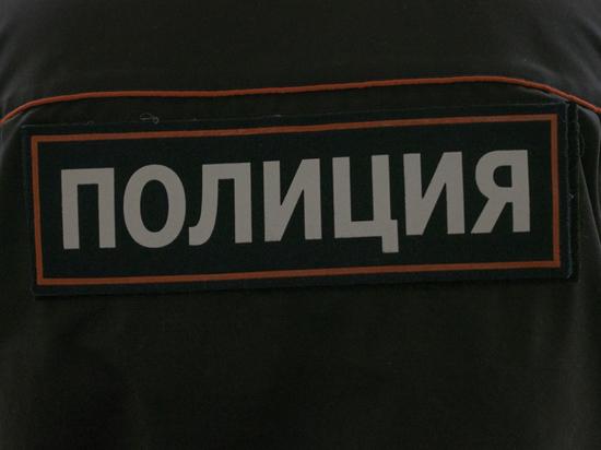 """СМИ: Напасть на московских полицейских мужчине сказали """"голоса в голове"""""""