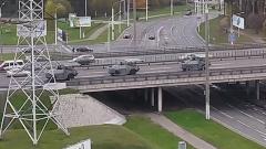 Бронетехника с пулеметами въехала в центр Минска