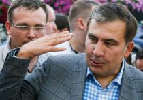 Во время парламентских выборов в Грузии первый номер в списке кандидатов от блока Саакашвили, культовый в прошлом актер Вахтанг Кикабидзе перепутал все что можно — попытался проголосовать  не на  том избирательном участке