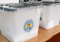 На выборы в Молдавии прибыли специалисты по «цветным революциям»