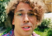 «Выглядит на 18»: резко помолодевший Максим Галкин поразил россиян