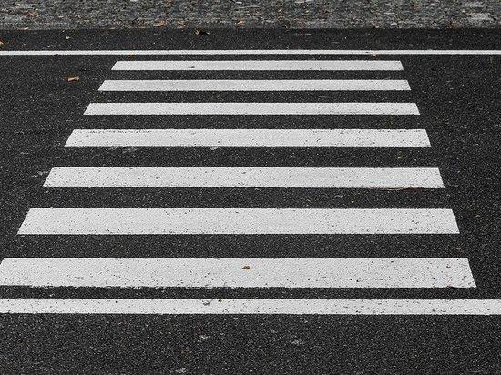 Жительница Воронежа погибла под колесами фуры возле торгового центра
