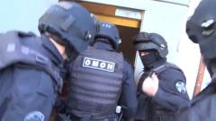Сотрудники ФСБ разоблачили сбытчиков поддельных документов для мигрантов
