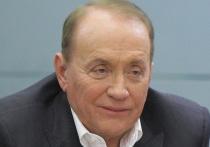 Бессменный руководитель и ведущий КВН Александр Масляков опроверг слухи о закрытии передачи