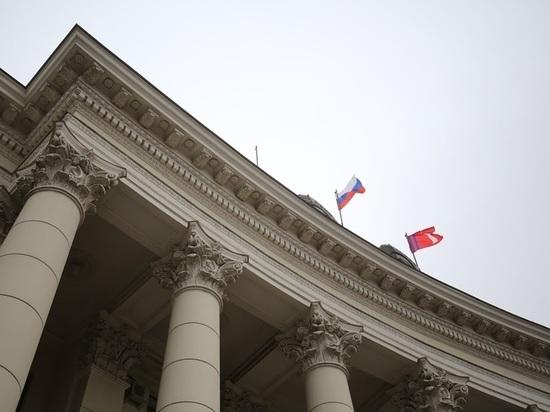 Губернатор Волгоградской области передаст часть автопарка медикам