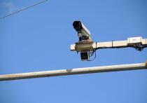 Восемь камер, способных зафиксировать использование водителем телефона во время движения и непристегнутый ремень безопасности, скоро начнут работать на столичных улицах