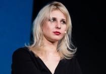 В Москве задержали двух девушек из Pussy Riot