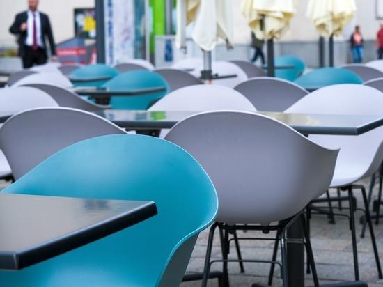 Названо условие, снижающее риск заразиться коронавирусом в кафе и ресторанах