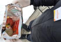 Жители отдаленных сел Шурышкарского района получают продукты от волонтеров