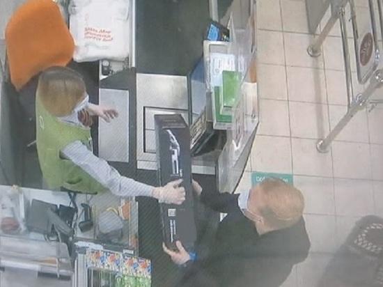 В Твери задержан мужчина, переклеивавший ценники в гипермаркете