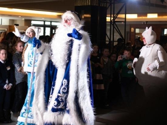 Новогодние праздники пройдут на Алтае без традиционных губернаторских елок
