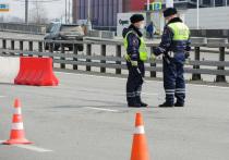 Шесть человек, по предварительным данным, получили травмы в результате столкновения автобуса и грузовика на западе Москвы