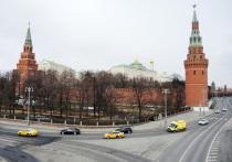 Пресс-секретарь президента России Дмитрий Песков заявил журналистам, что в Кремле считают корректным дождаться официального подведения итогов на выборах президента США 2020