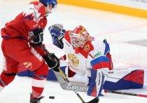 Сборная России по хоккею стала победителем первого этапа Евротура, выиграв во всех трёх матчах. «МК-Спорт» рассказывает о том, почему вокруг российской сборной возник небольшой скандал и как следует относиться к этой победе.