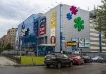 Потоки покупателей в торговых центрах Новосибирска сократились на четверть