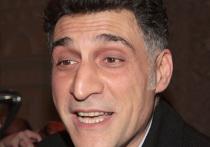 Режиссер Тигрян Кеосаян не смог сдержать эмоций и резко высказался в адрес премьер-министра Армении Никола Пашиняна после подписания мирного соглашения с Азербайджаном по Карабаху